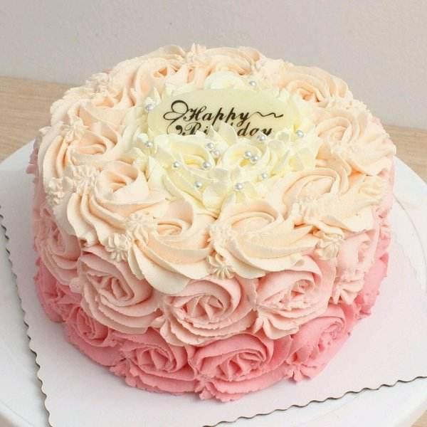 蛋糕培训基地教你奶油蛋糕抹面教程